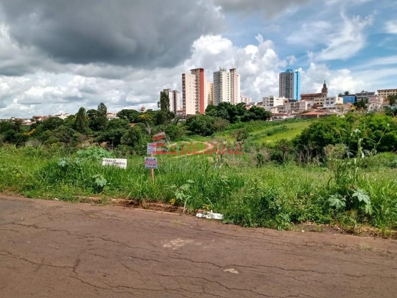 Foto: Terreno - Jardim das Paineiras - São Sebastião do Paraíso